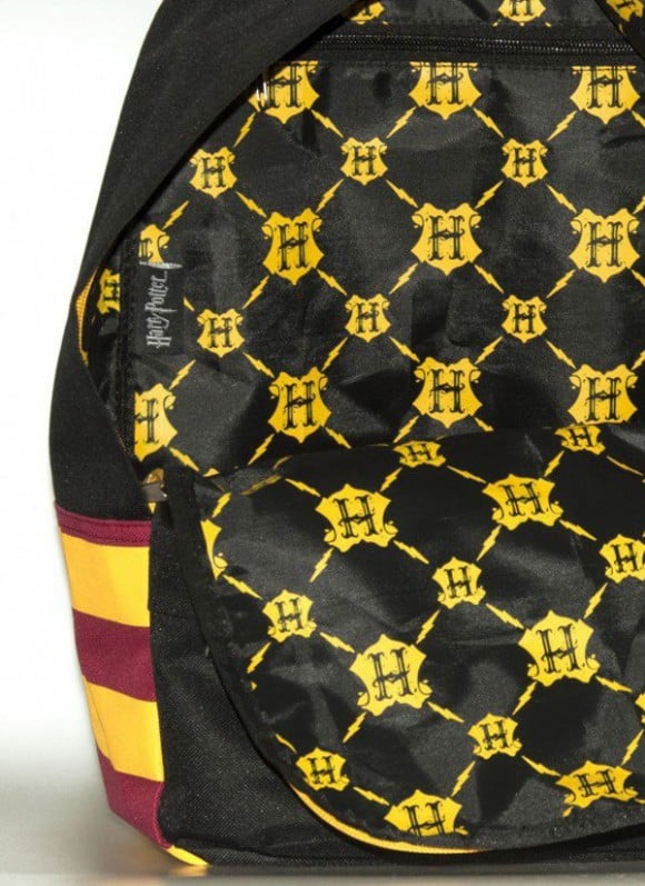 harry-potter-backpack-bag-hogwarts_2