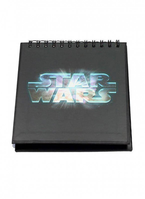 Star-Wars-Episode-IV-Notebook-with-Sound-&-Light-Up-R2-D2-2